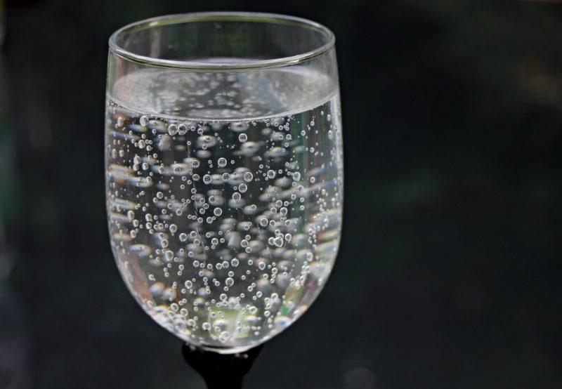 boire eau minérale